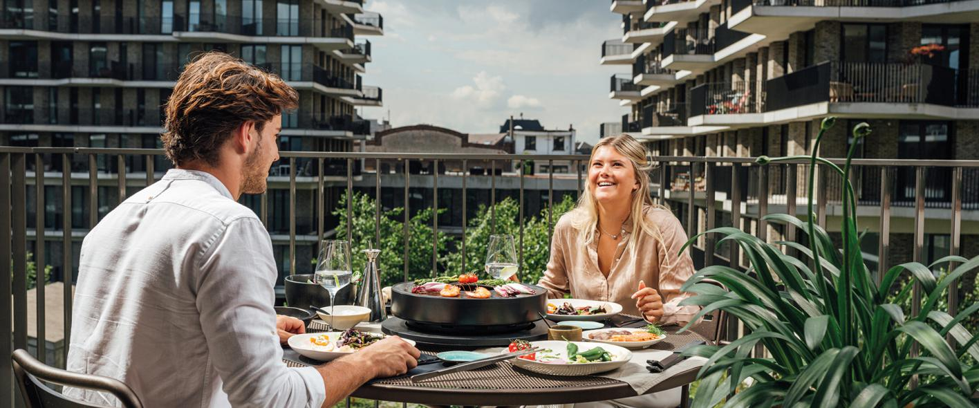 OFYR Tabl'O : La Plancha-Grill de table au briquettes de noix de coco